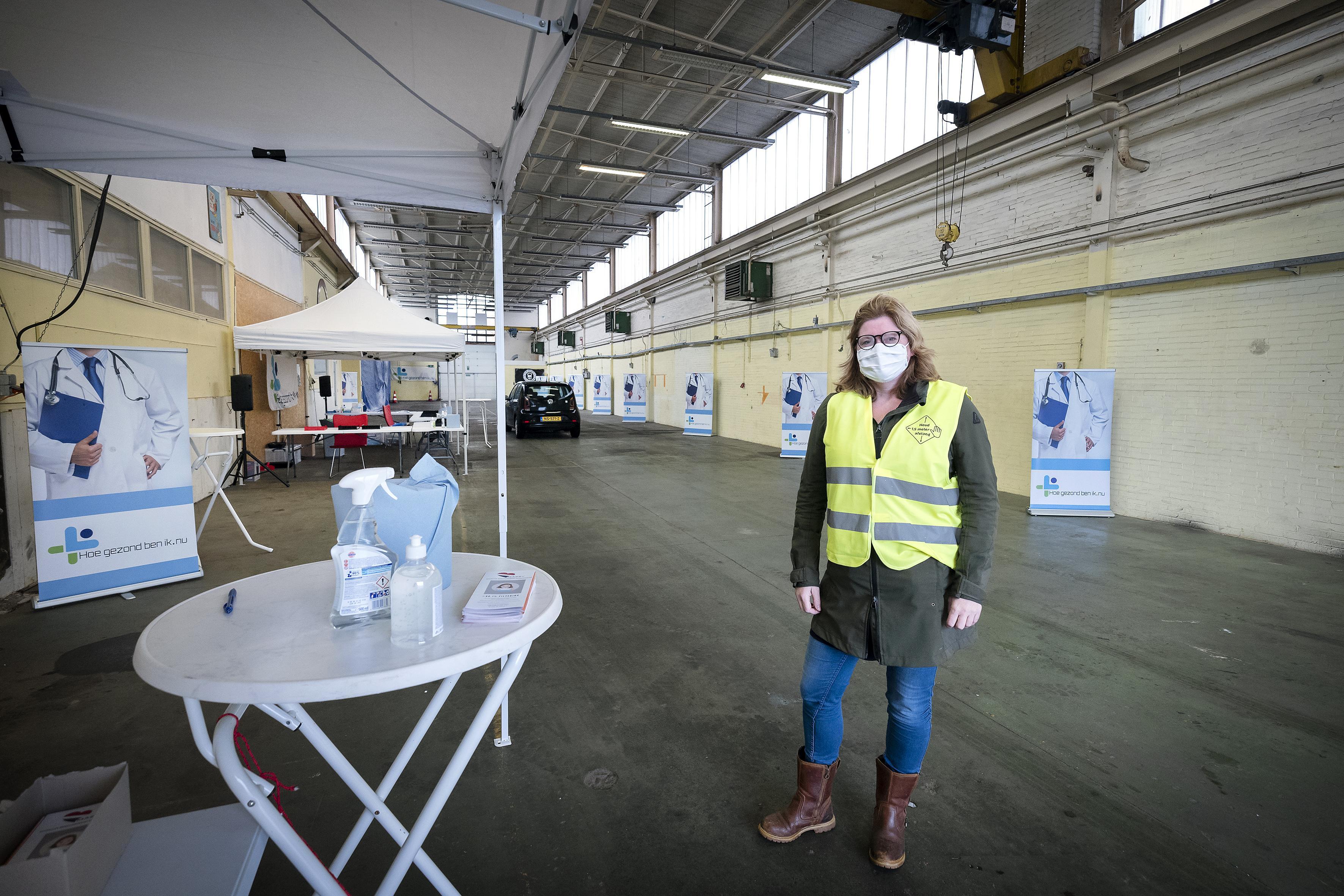 Commerciële corona-snelteststraat geopend in IJmuiden: 'Uitslag binnen vijftien minuten'