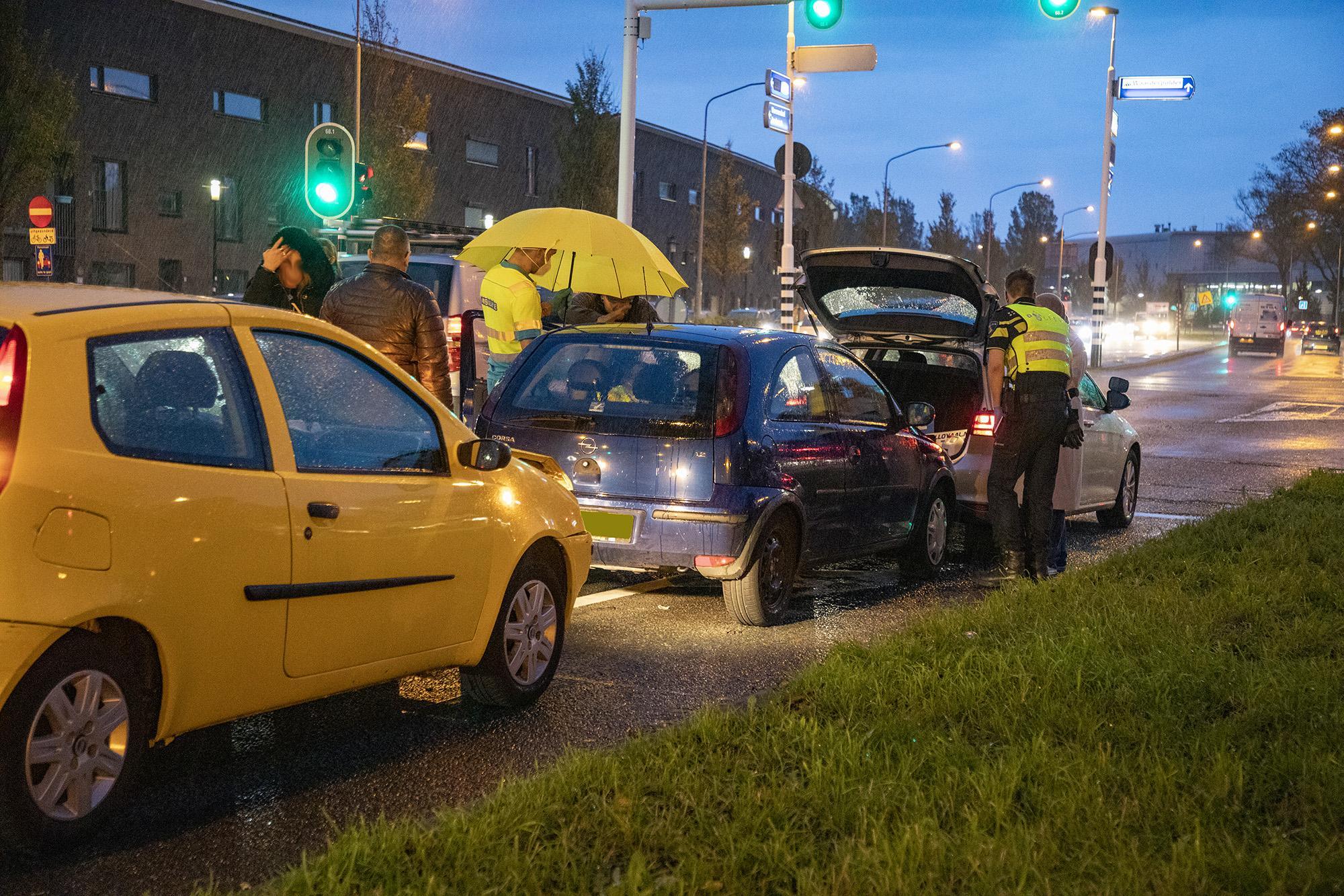 Automobiliste gewond bij kettingbotsing in Haarlem