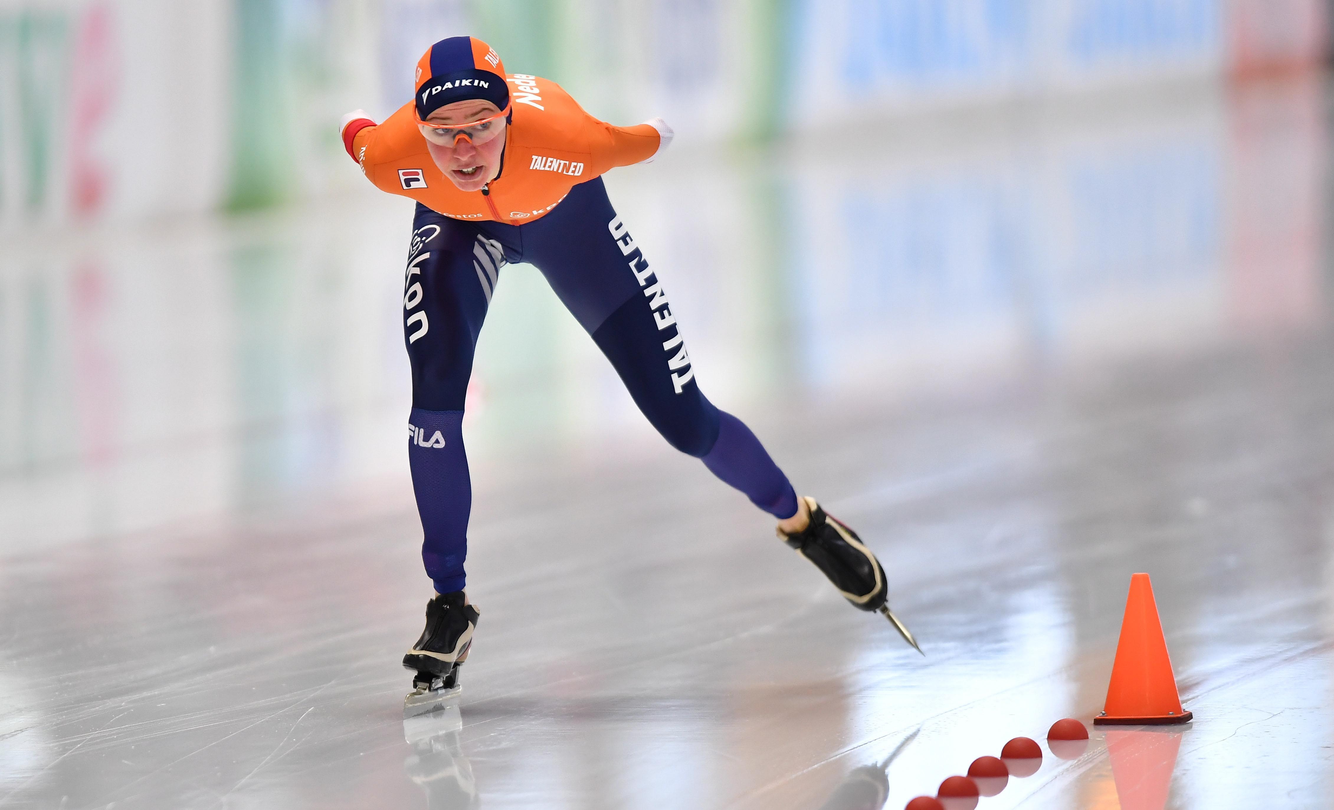 Esmee Visser verbetert nationaal record op 3000 meter