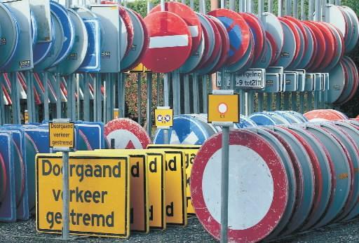 Hilversummer vrijgesproken van heling; medewerker recyclingbedrijf wist niet dat hij gestolen verkeersborden inkocht