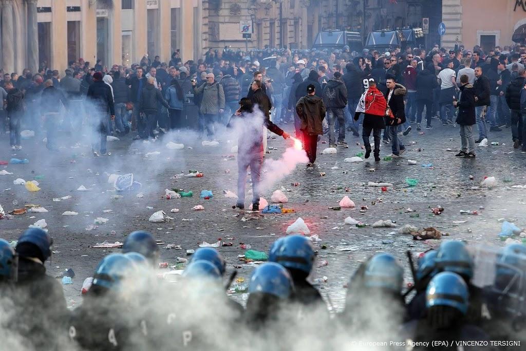 'Feyenoord-fans veroordeeld tot celstraf na rellen in Rome'