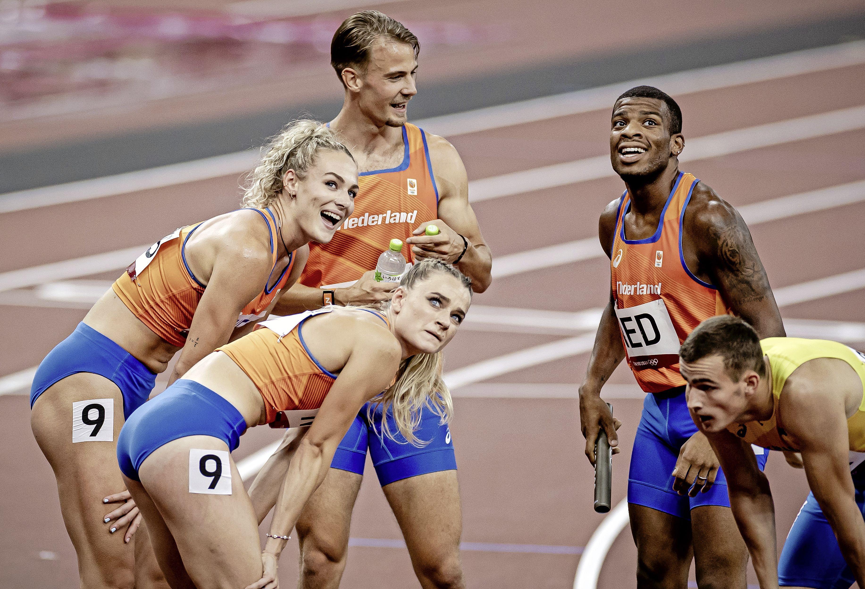 Dobber, Klaver en De Witte met estafetteploeg 4x400 meter gemengd naar olympische finale