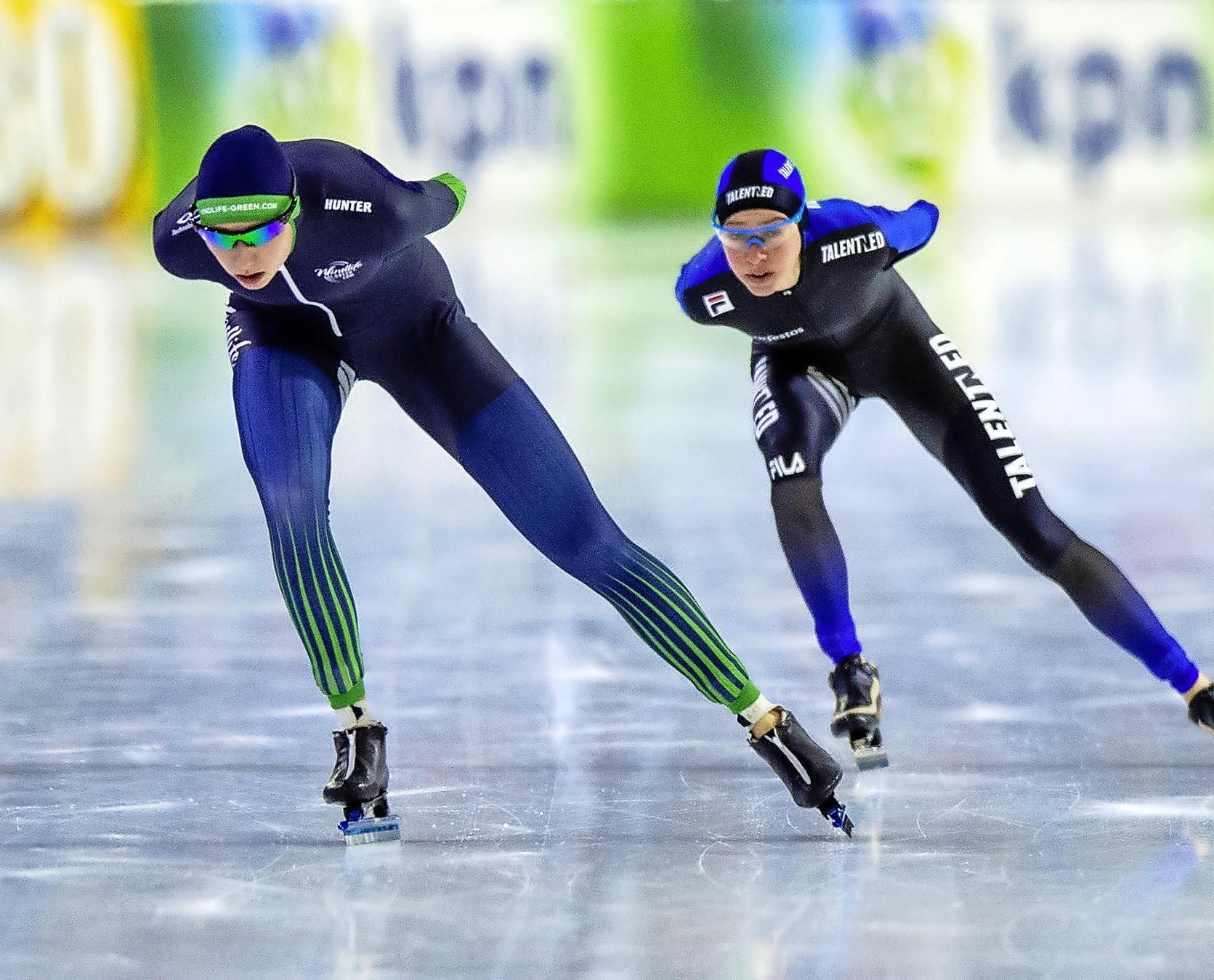 Zaandijkse Roza Blokker kijkt met gemengde gevoelens terug op NK allround: 'Al met al kan ik terug kijken op een redelijk geslaagd toernooi. Maar ik weet ook dat ik me nog op een hoop vlakken kan verbeteren'