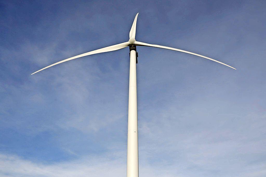 Beverwijk wil niet nog meer windmolens op terrein staalbedrijf. Daarnaast is de gemeenteraad vol vragen over welke rol hij kan spelen in de Regionale Energie Strategie