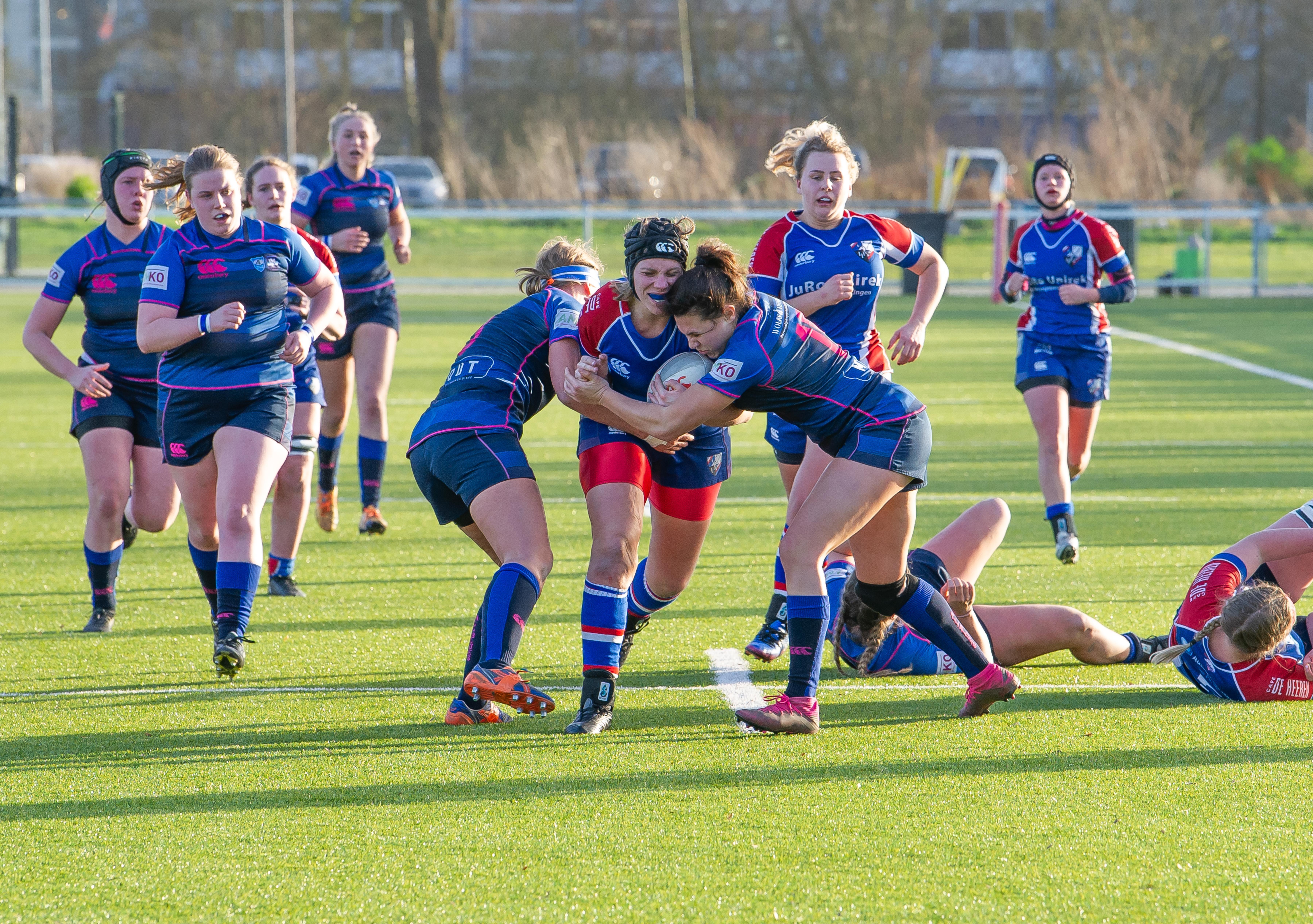 Rugbyclub Waterland breekt met gewoonte, legt diverse speelsters van buitenaf vast en gaat voor de landstitel
